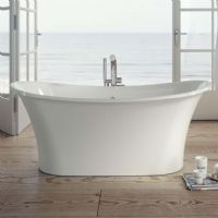 Jura 1600 x 690 Gloss Freestanding bath by Ramsden and Mosley